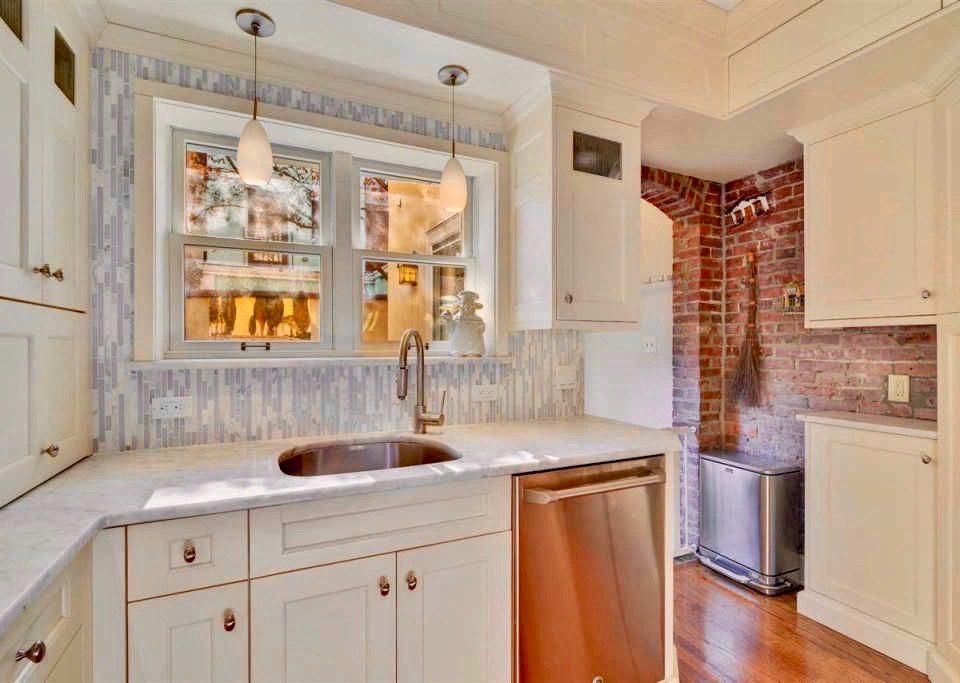 Brownstone Kitchen After